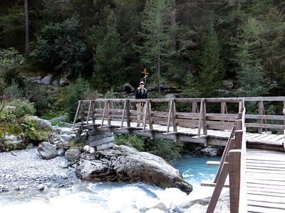 Bridge by Chalet du Glacier