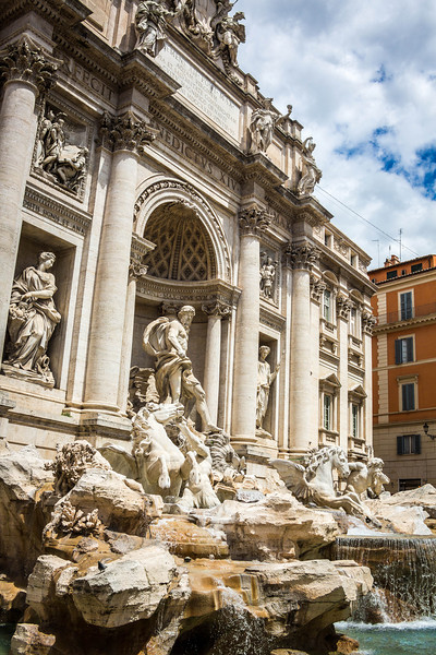 Rome-Trevi Fountain-3905