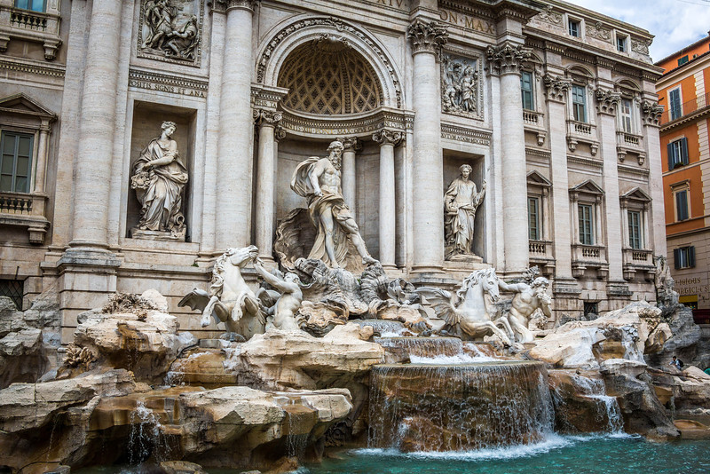 Rome-Trevi Fountain-3902