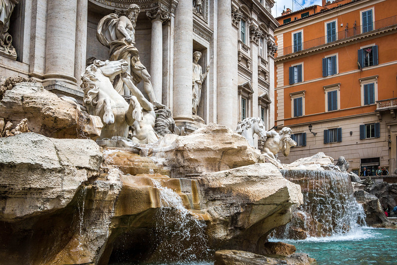 Rome-Trevi Fountain-3908