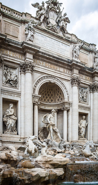 Rome-Trevi Fountain-3895