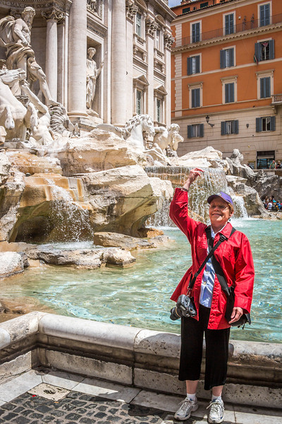 Rome-Trevi Fountain-3907