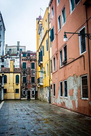 Venice-In the Rain-0886