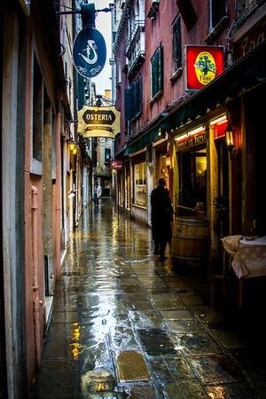 Venice-In the Rain-0900