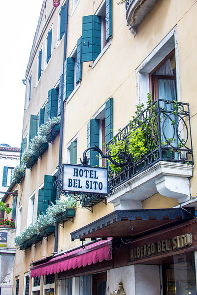 Venice-Main Street-0977