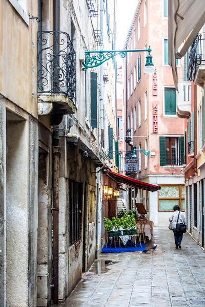 Venice-Main Street-0995