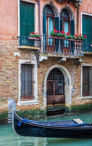 Venice-Gondolas-1044