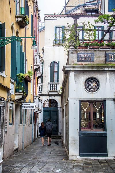 Venice-Side Streets-0978