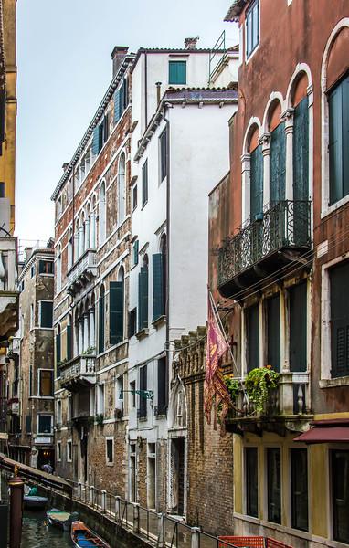 Venice-Side Streets-0966