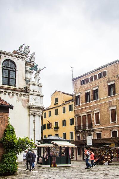 Venice-Side Streets-0971