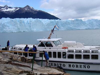Glacier Perito Moreno (day trip from El Calafate)