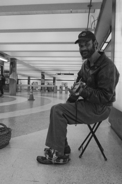 """Mark """"California Red"""" Hillard in the Powell St. station"""