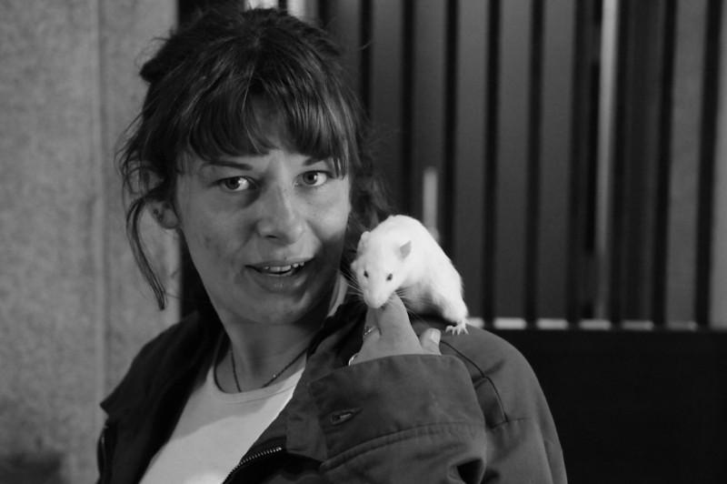 Maya, and her pet rat, in Hallidie Plaza