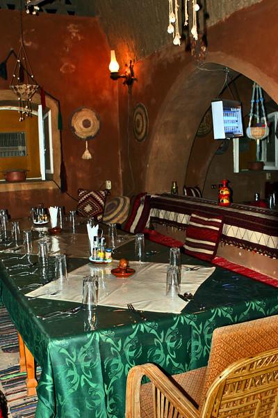 Escaleh Dining area_001