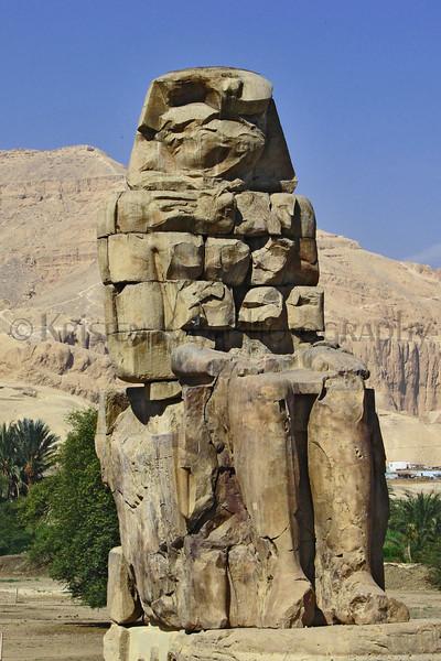 Colossi of Memnon_003