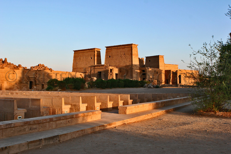 Philae Theater & temples_002