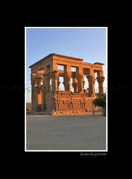 Trajan's Kiosk_041pc3Dblk