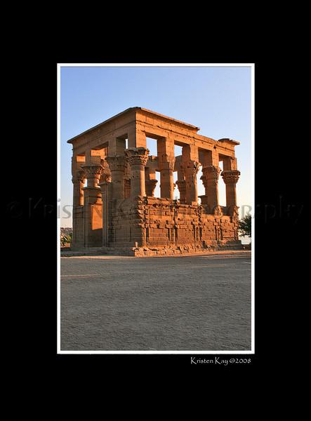 Trajan's Kiosk_044pc3Dblk