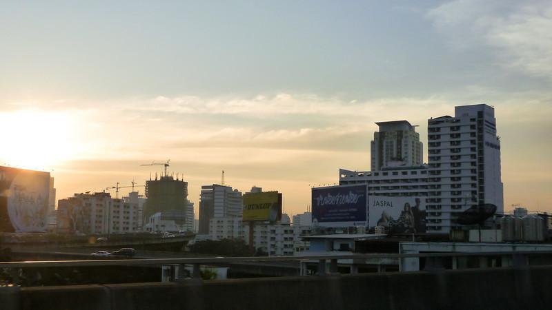 Arriving to Bangkok<br /> <br /> Érkezés Bangkokba