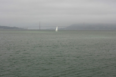 With this weather I had no hope to see Golden Gate Bridge at all :(