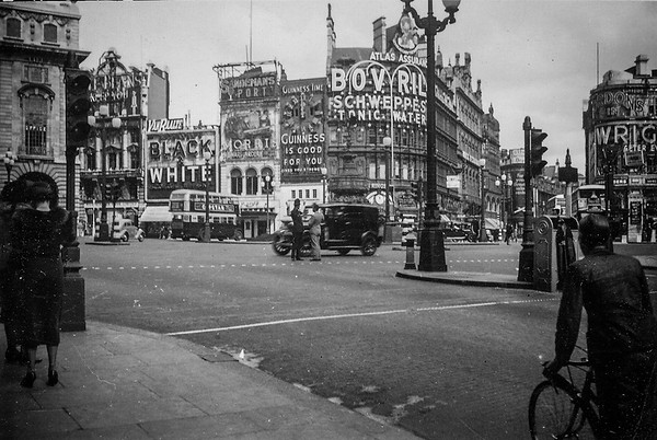 Piccadilly Circus, London  (circa 1935)