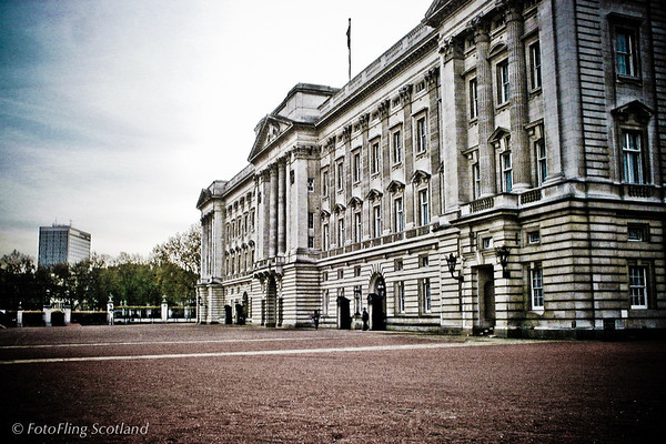 Buckingham Palace, Lomdon