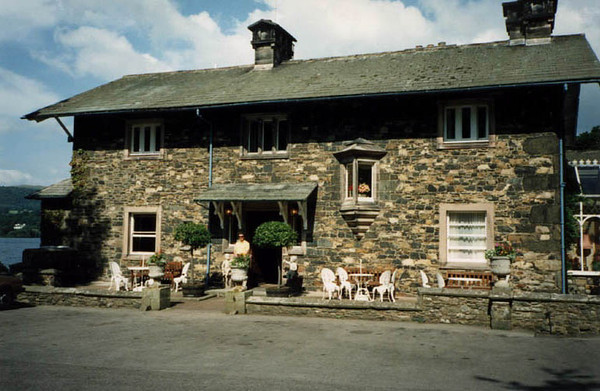 SharrowBay Hotel 1990
