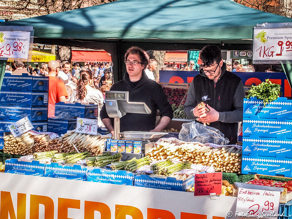 Asparagus Sales in Munich