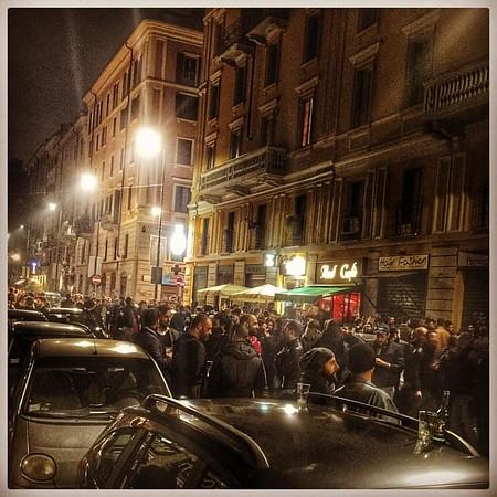 Street drinking in #milan #milano #street #bar #gay #leather #jeans #male
