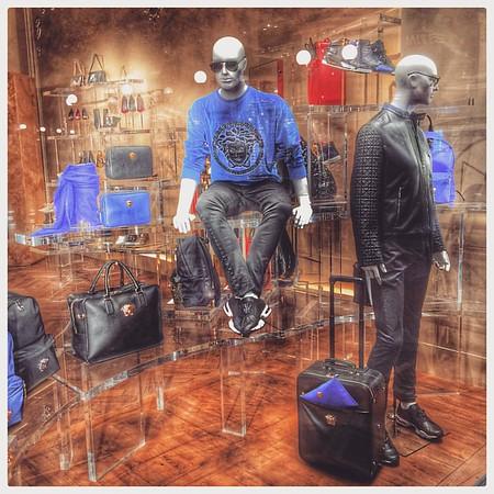 Accessorise in Milano #fashion #milan #milano #male #dummies