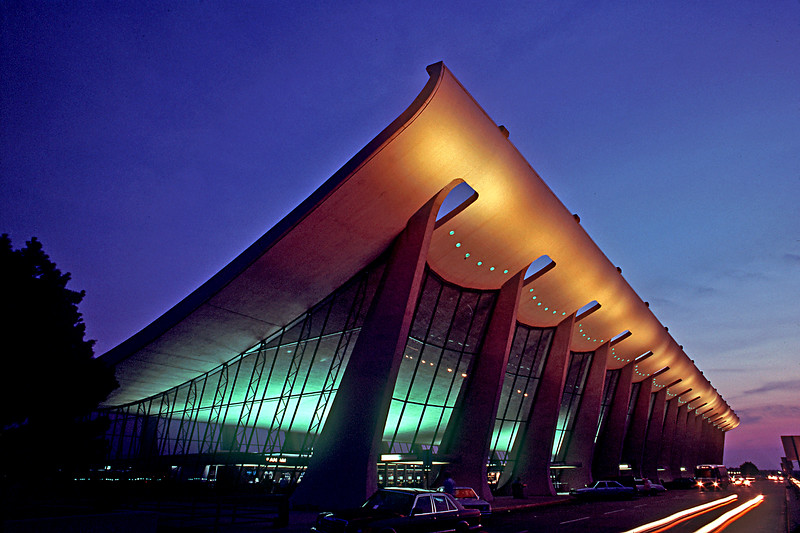 Dulles International Ar port, Washington DC Dusk