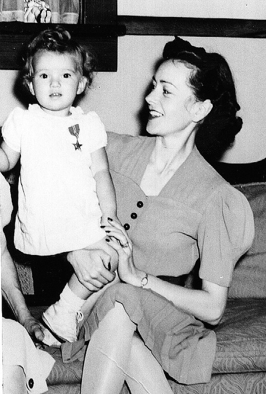 Mrs. Jean Dahlke with daughter, Janet.