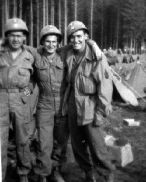 Ralph Metcalf (on left) with two medics, Neal and Ossie.