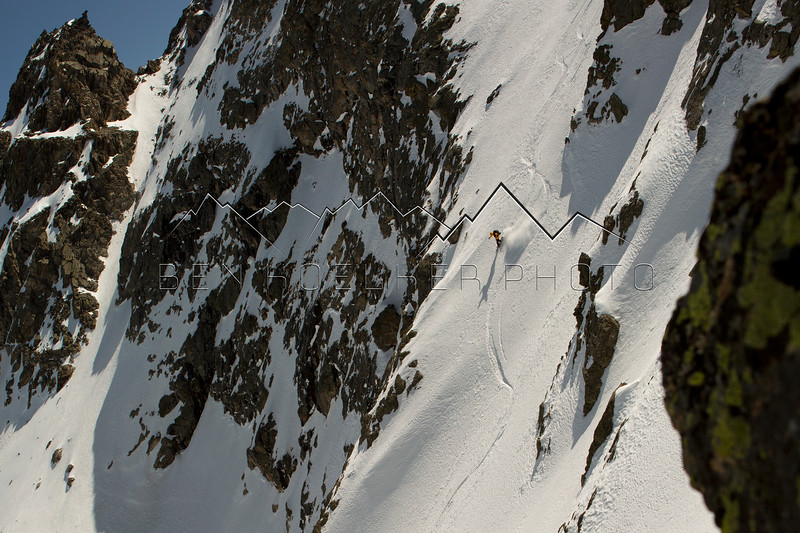 Mark Koelker slaying our first line of the day on Fool's Peak