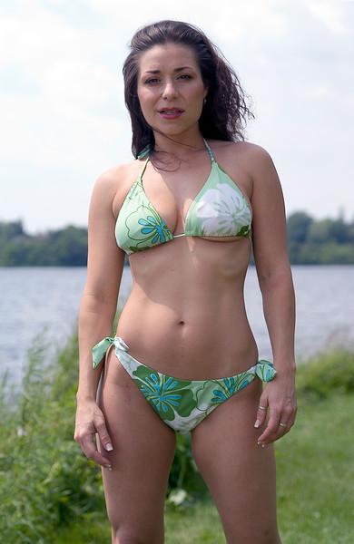 Capital Fashions: Moonie's Bay Rideau River, Ottawa Ontario 06.07.09