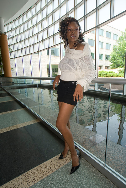 Capital Fashions: Otawa City Hall 07.06.03