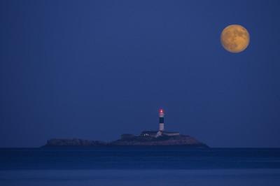 Moonrise Rockabill