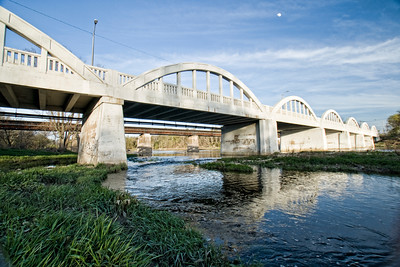 King Street East Bridge Waterloo Ontario Schneider Park 09.05.04