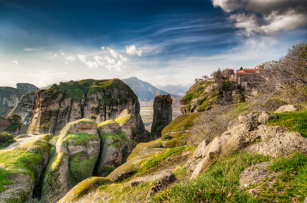 Meteora - The Valley of Light || Greece