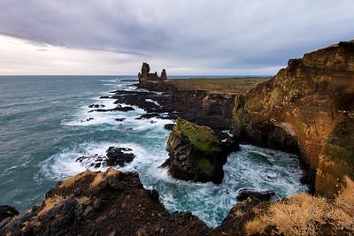 Londrangar Cliffs || Iceland