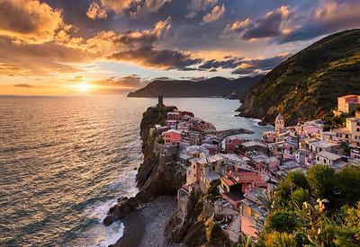 Song Of The Sea || Vernazza Cinque Terre Italy