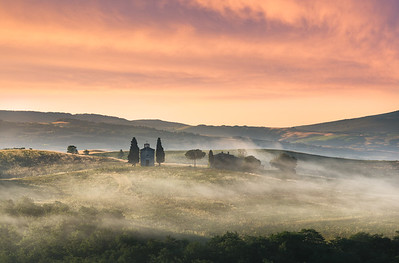 Breath of Dawn || Tuscany