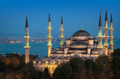 Sultan Ahmed And The Sea    Istanbul Turkey