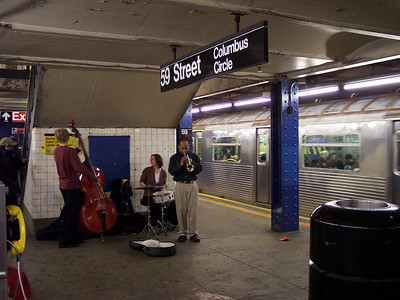 New York. Jazz in the train