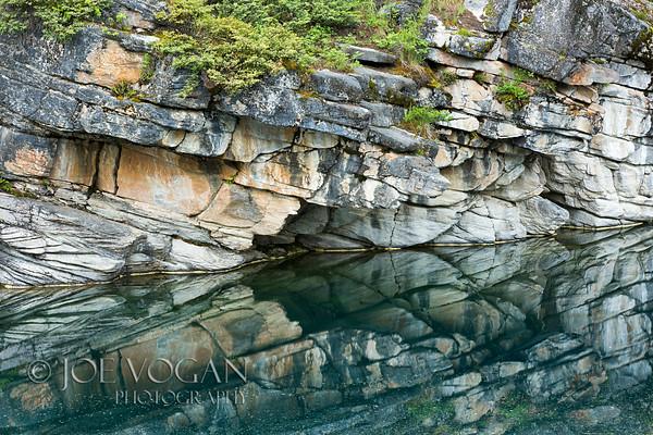 Horseshoe Lake, Jasper National Park, Icefields Parkway, Alberta, Canada