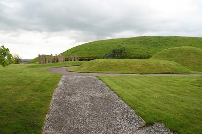 Brú na Bóinne. Knowth