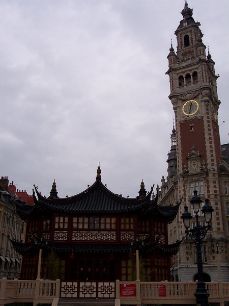 Lille. Salon de thé, Palais de la Bourse