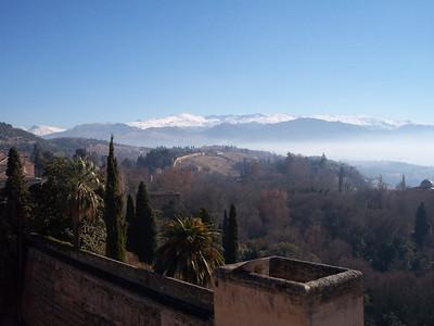 Alhambra. Sierra Nevada desde la Alcazaba