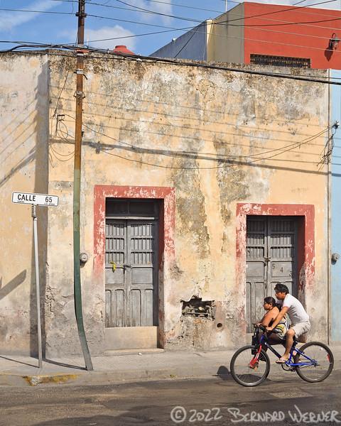 N20110102_175218<br /> <br /> Cruisin' Calle 65