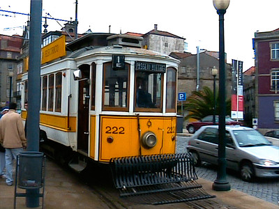 The old #18 eléctrico (tram) line runs along the Douro river